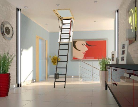 Zoldertrap met metalen ladder